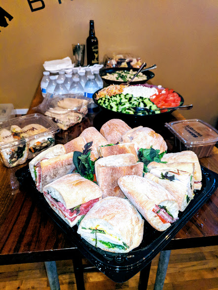 whole_food_lunch_buffet.jpg