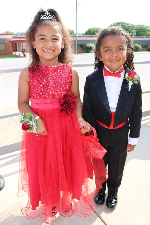 Toddler couple: Photo by Belton (Texas) ISD