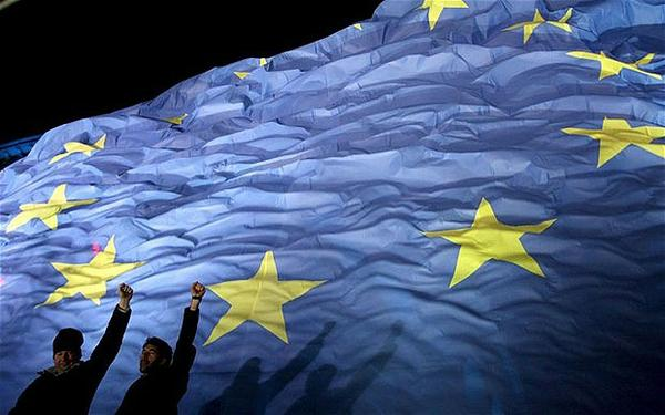 sekilas-forex-euro-semakin-rapuh-menjelang-pengumuman-tingkat-suku-bunga