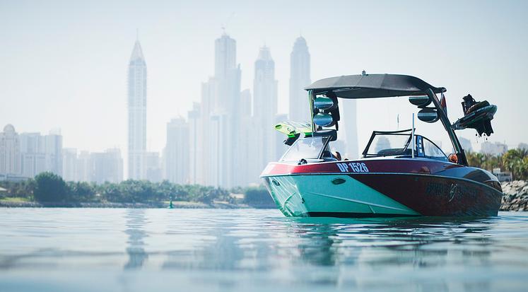 Dubai Wake