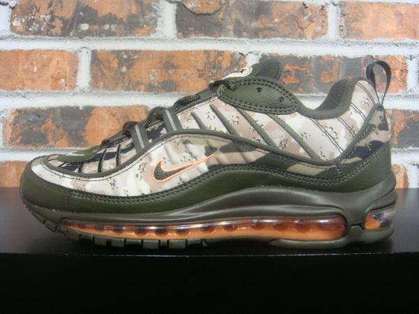 separation shoes ee75b c45cf NIKE AIR MAX 98
