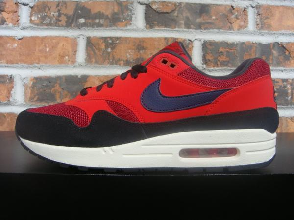 newest 752e9 af939 NIKE AIR MAX 1 - red crush midnight navy university red  110